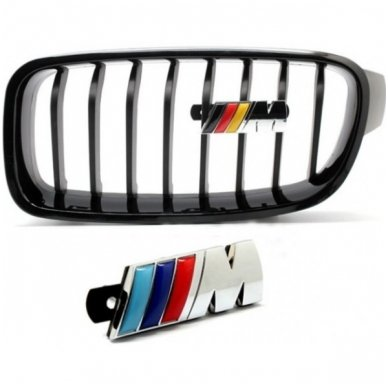 BMW M-tech grotelių emblema