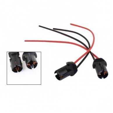 W5W / T10 lemputės jungtis tvirtinimas į žibintą plastikinis 2